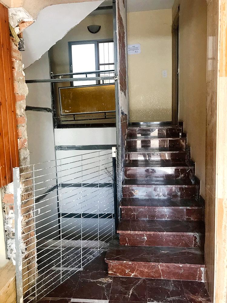 Instalación de ascensor en Sax