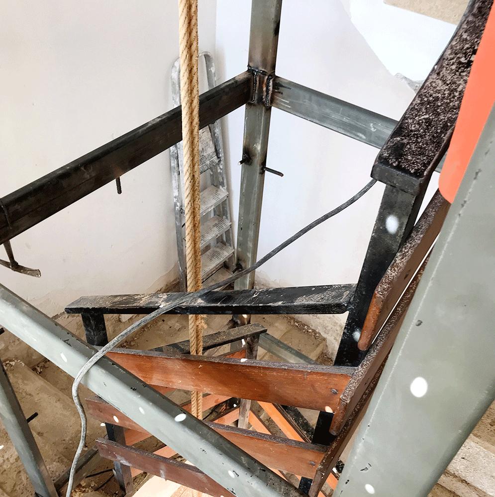 Instalación ascensor en Edificio El Cairo