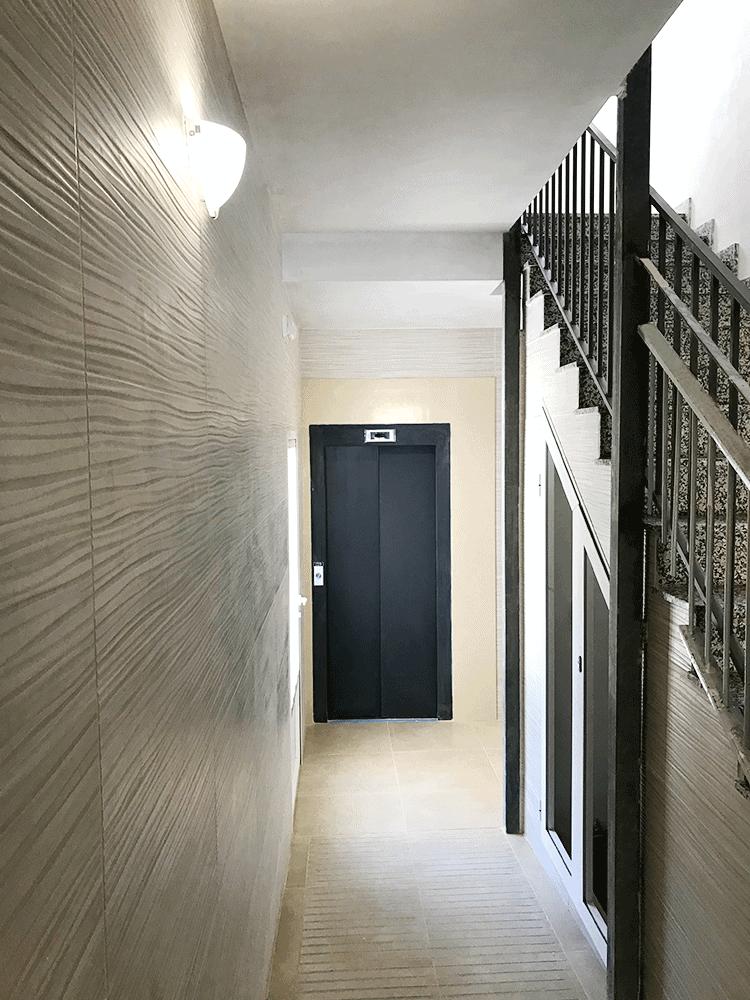 Instalación ascensor exterior y reparación zaguán en Albacete