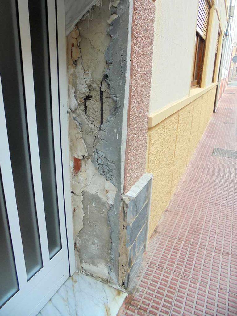 Reparación de pilares en edificio de Santa Pola