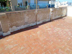 Rehabilitación de fachada, terraza y patio en Elche