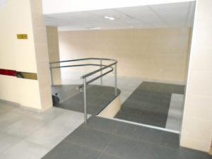 Sustitución de ascensor en edificio de Arenales del Sol